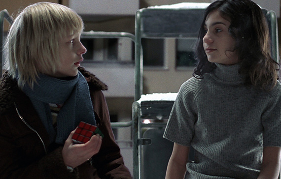 Movie Let The Right One In Trailer